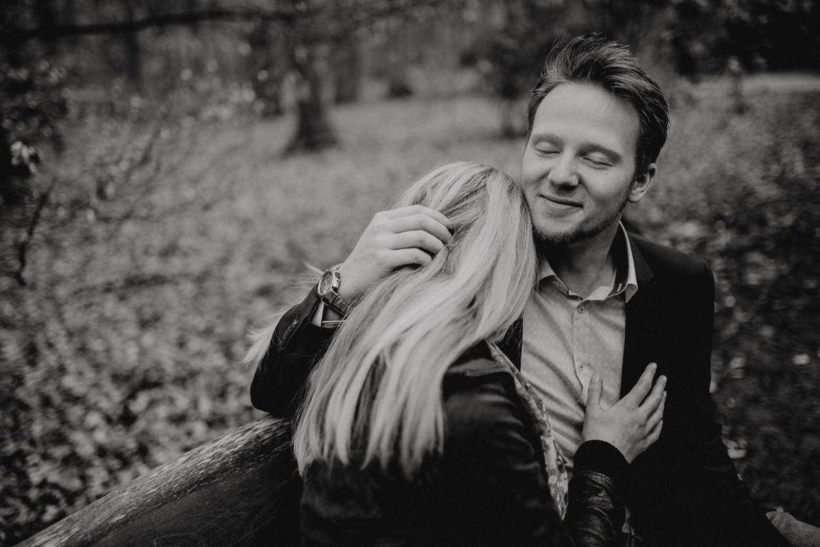 015-verlobungsshooting-engagement-fotograf-witten-rombergpark-dortmund