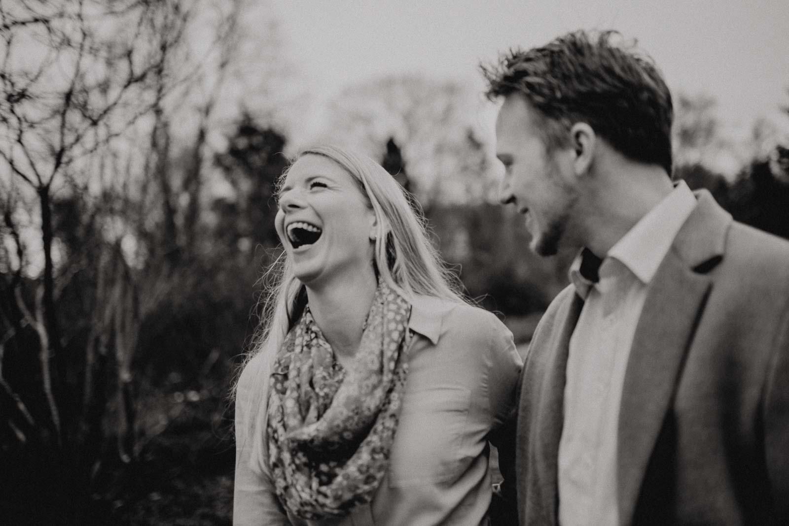 036-verlobungsshooting-engagement-fotograf-witten-rombergpark-dortmund