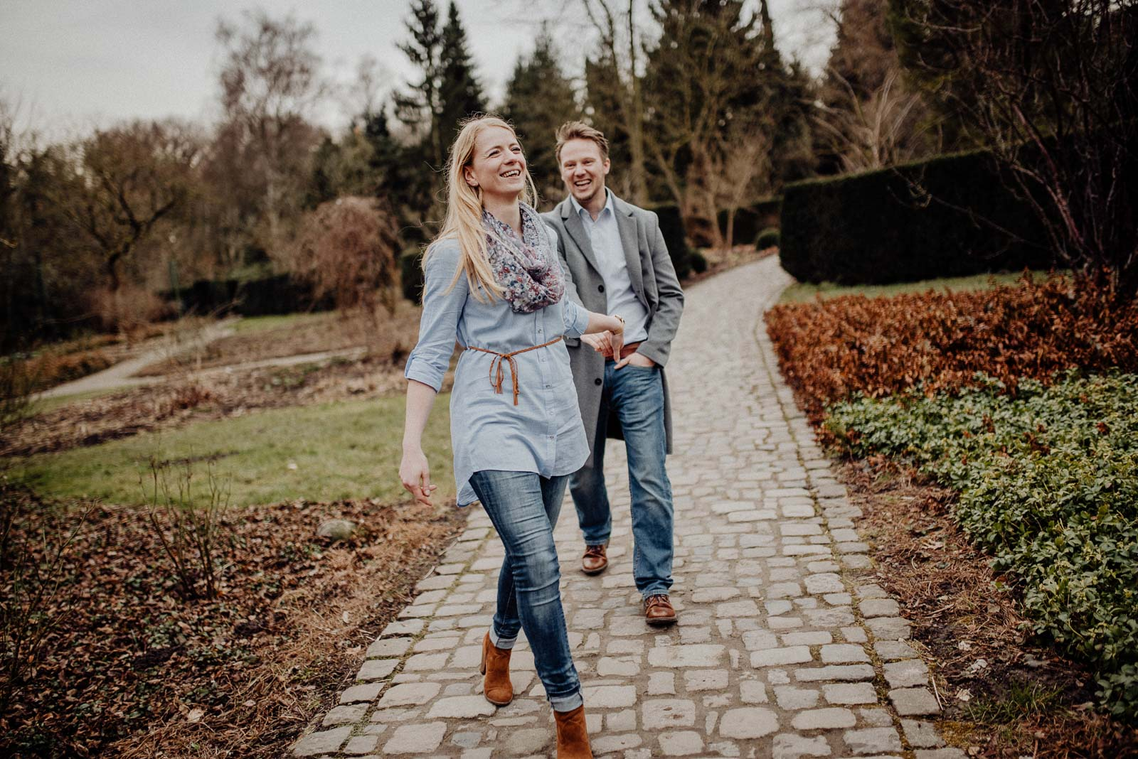 040-verlobungsshooting-engagement-fotograf-witten-rombergpark-dortmund