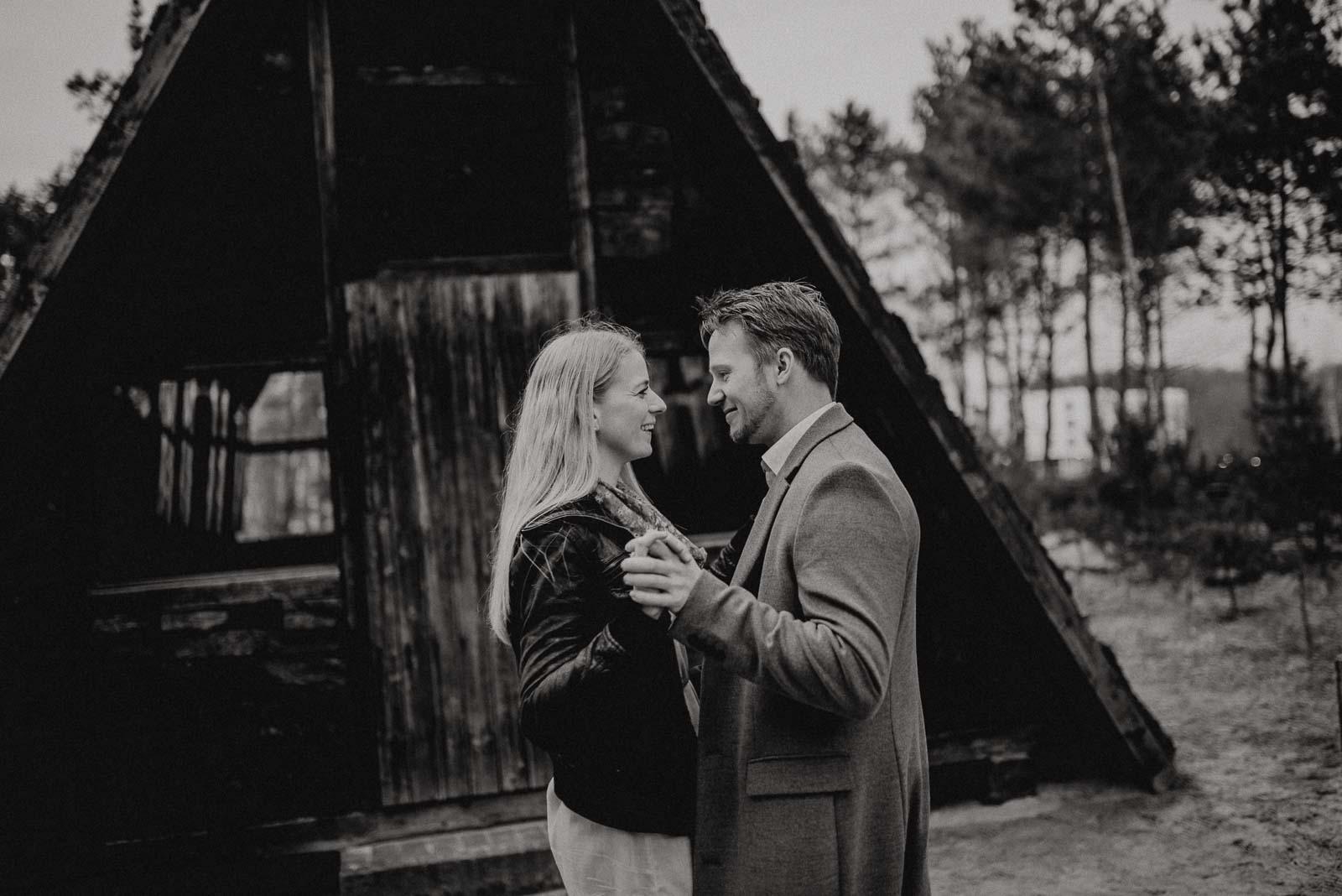 044-verlobungsshooting-engagement-fotograf-witten-rombergpark-dortmund