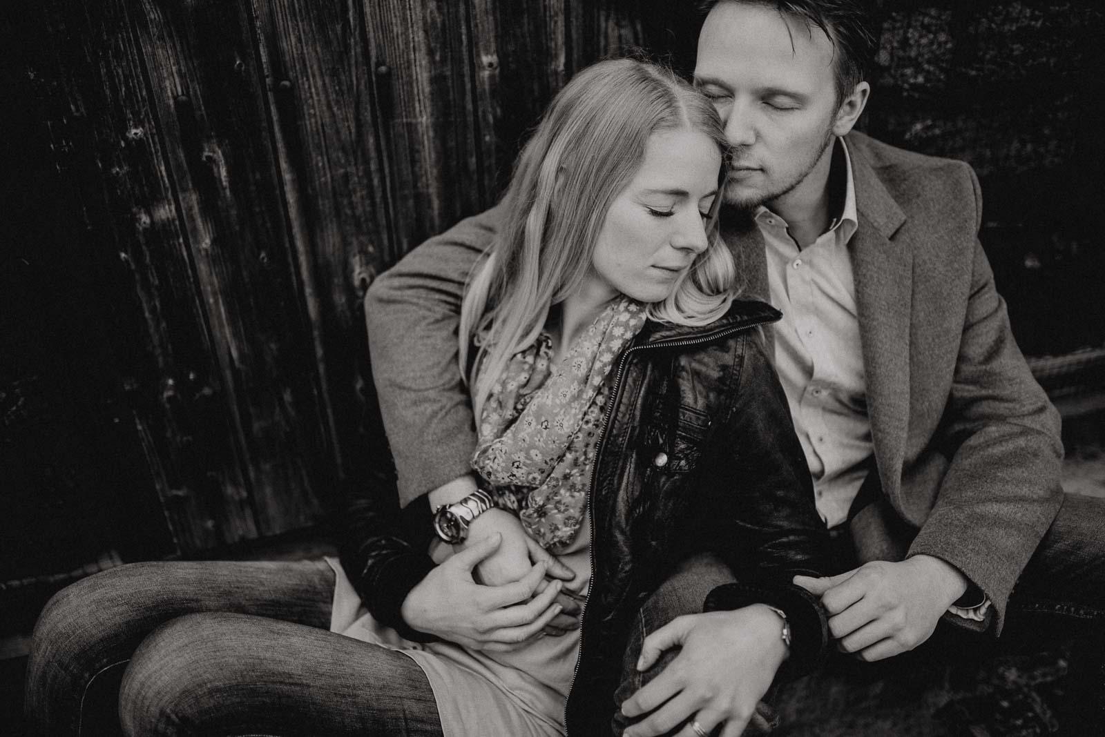 052-verlobungsshooting-engagement-fotograf-witten-rombergpark-dortmund
