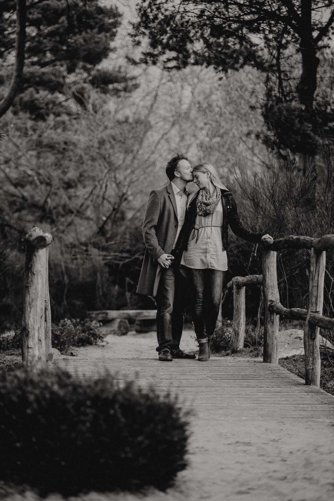 054-verlobungsshooting-engagement-fotograf-witten-rombergpark-dortmund