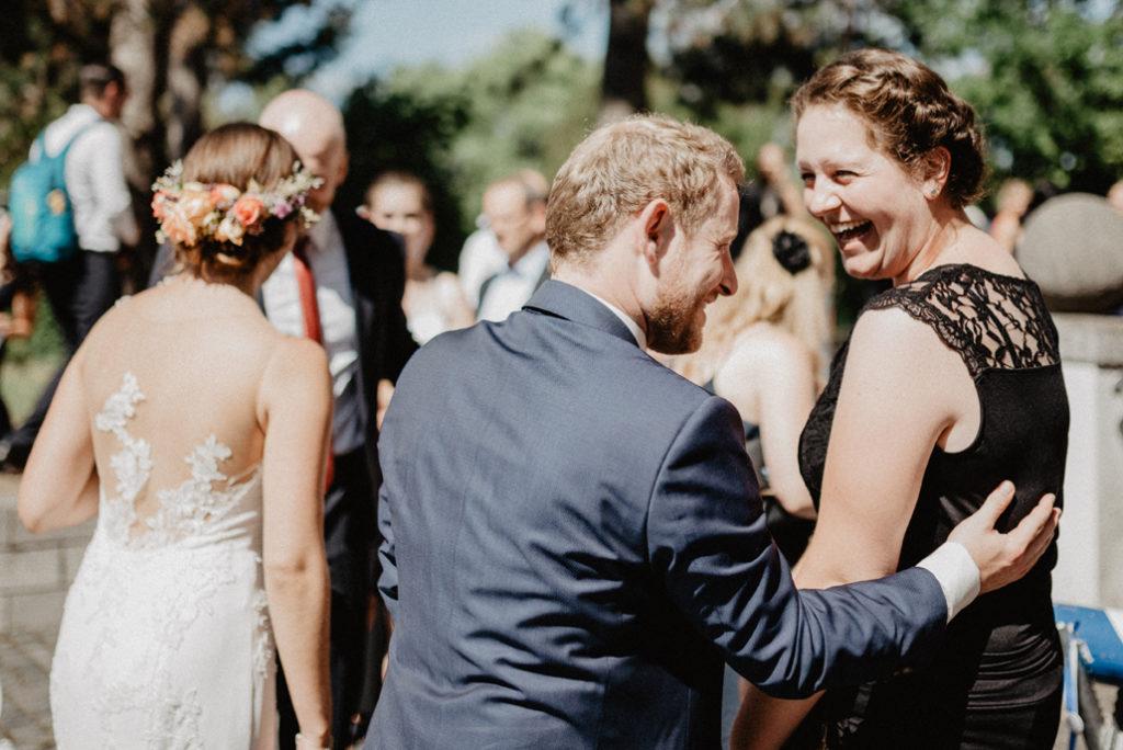 128_Hochzeit_AnnaJan_Sektempfang