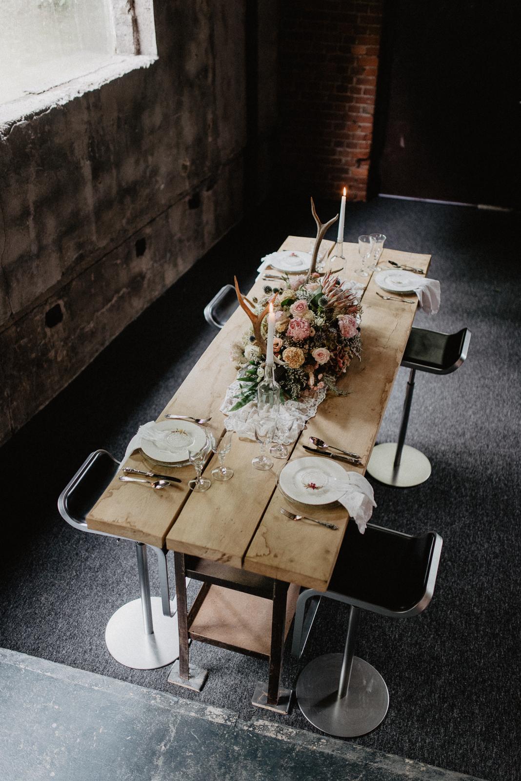 005-tischerie-floraldesign-floristik-tischdeko-hochzeit-hochzeitsdeko-bochum