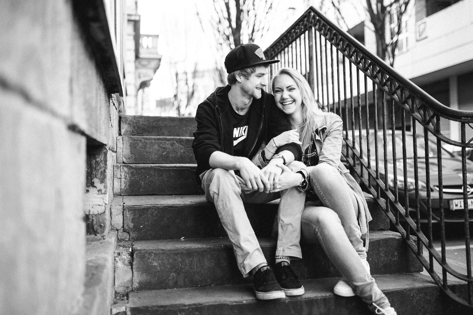005-downtown-coupleshoot-witten-urbanes-paarshooting