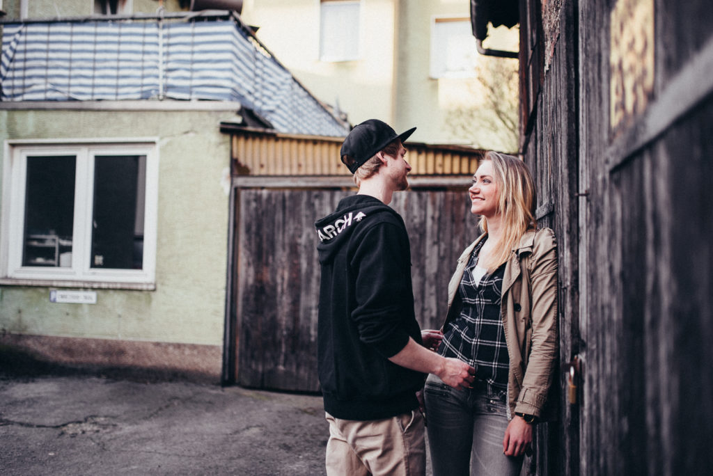017-downtown-coupleshoot-witten-urbanes-paarshooting