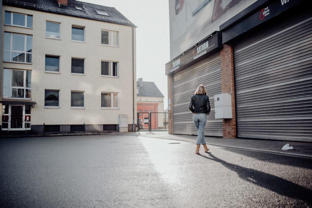 014-designparaplus-fotografin-witten-portrait-shooting-downtown
