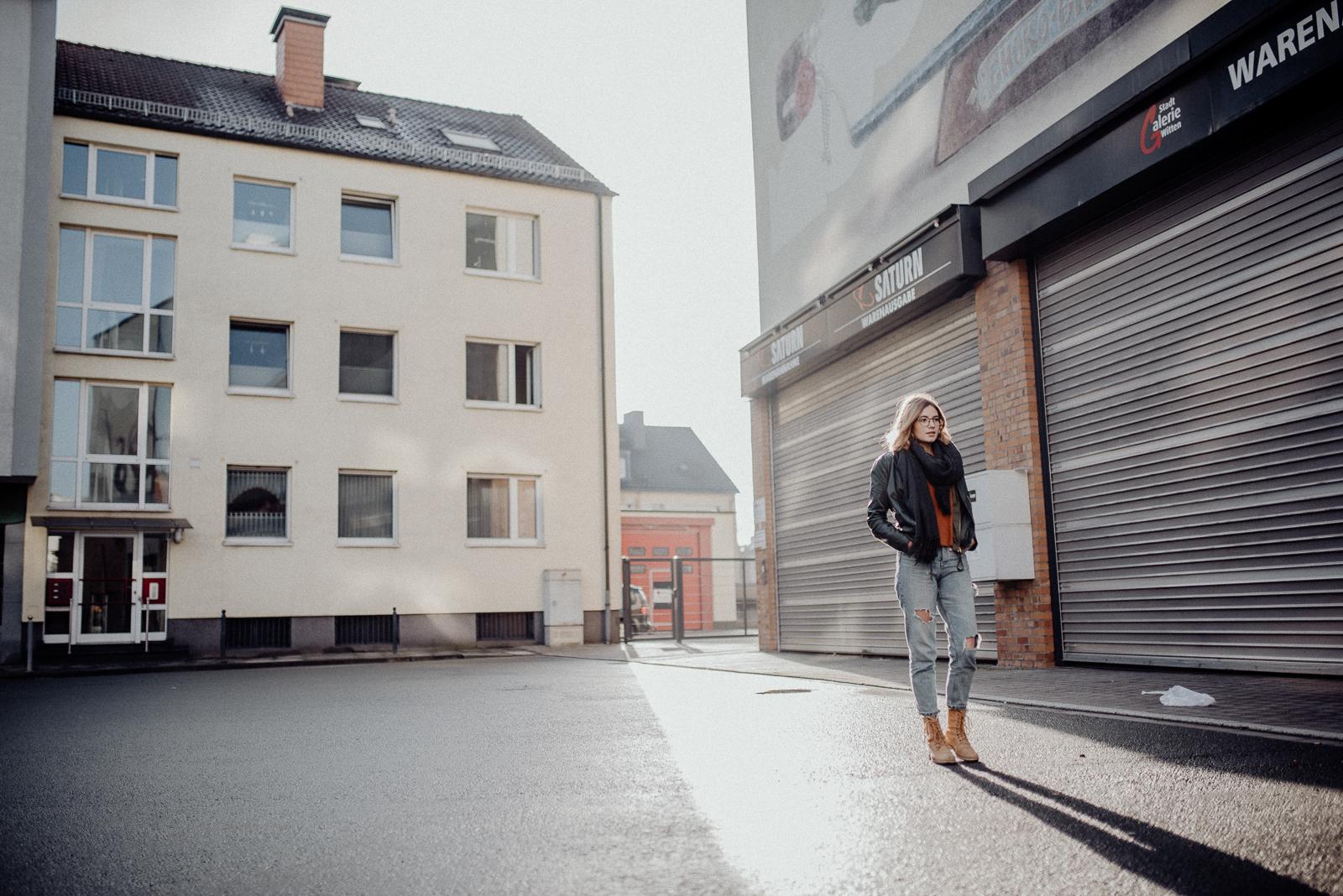 016-designparaplus-fotografin-witten-portrait-shooting-downtown