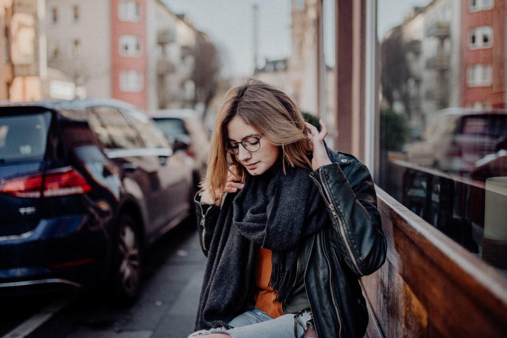 021-designparaplus-fotografin-witten-portrait-shooting-downtown