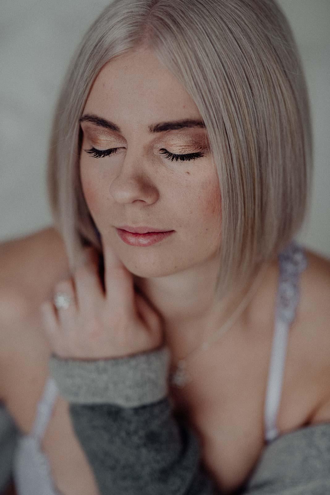 Sinnliche Portraits einer Frau mit Lipödem