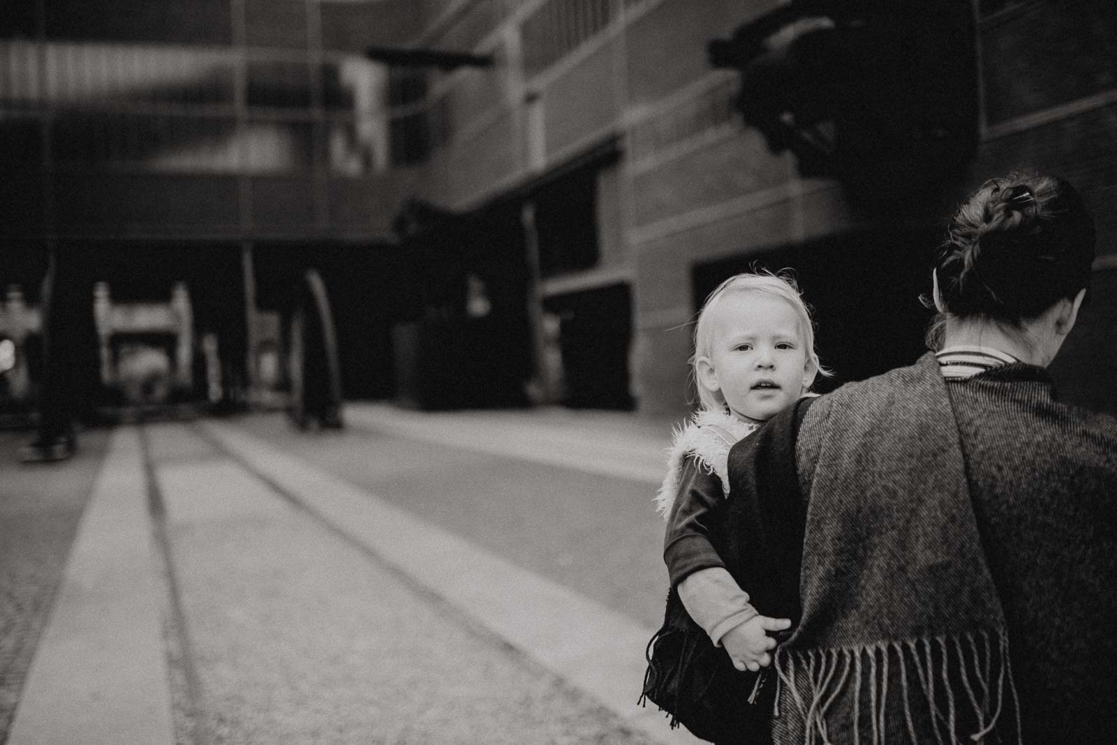 007-natuerliche Familienfotografie und ungestellte Familienfotos in Essen im Ruhrgebiet