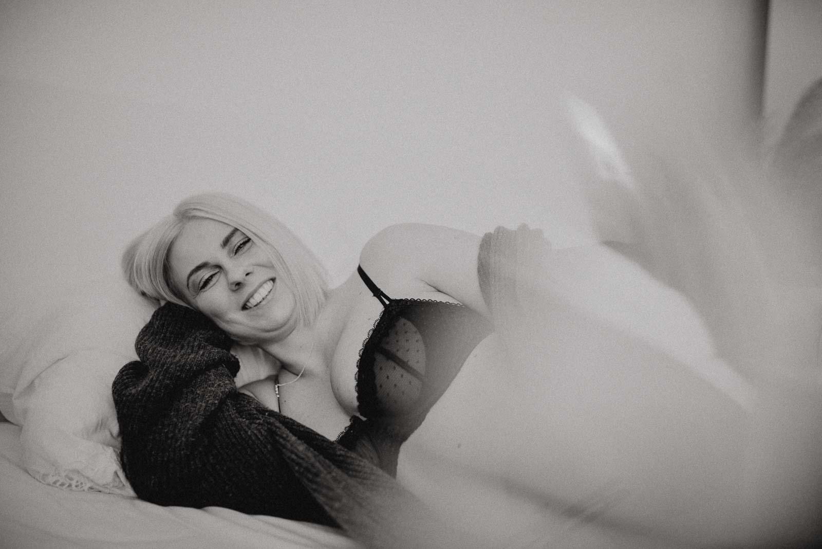 014-fotoshooting boudoir mit lipoedem als homeshooting_