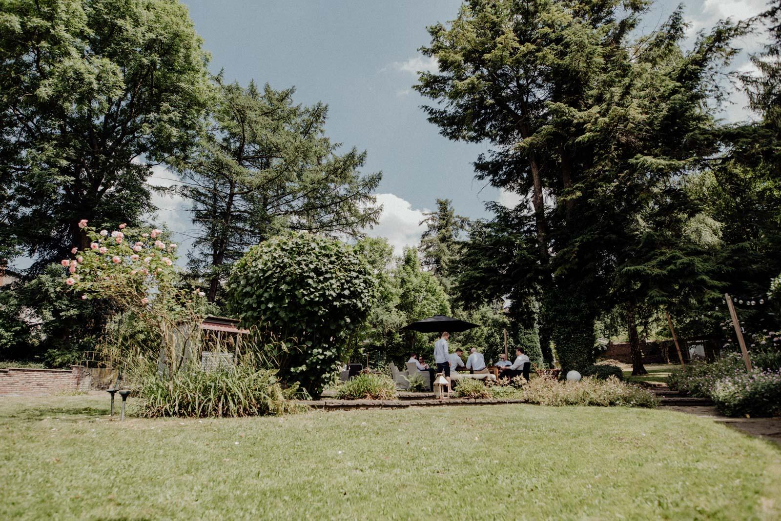 sommerhochzeit-gartenhochzeit-hochzeit-standesamt-haus-witten