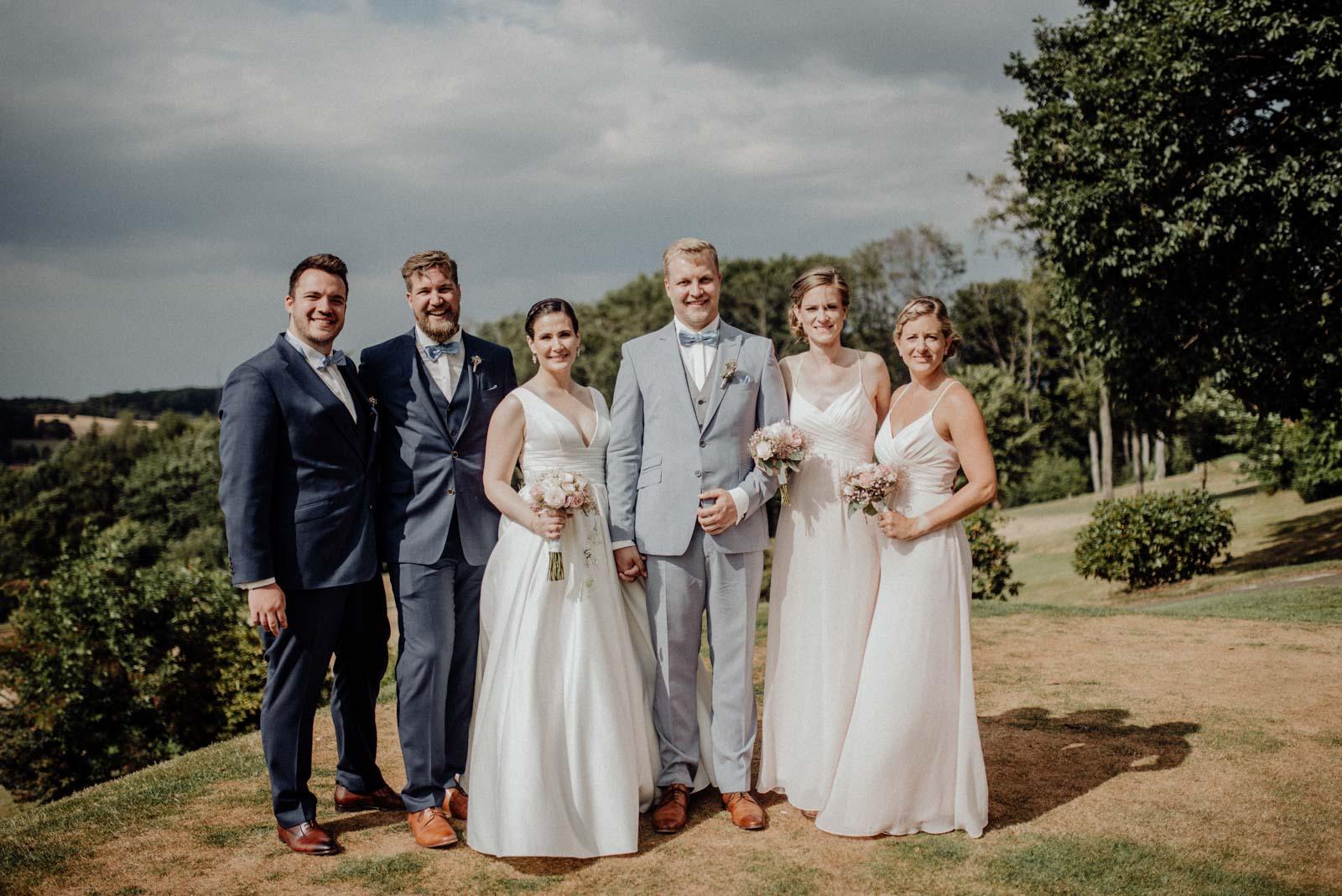Fotos mit Trauzeugen und Brautjungern