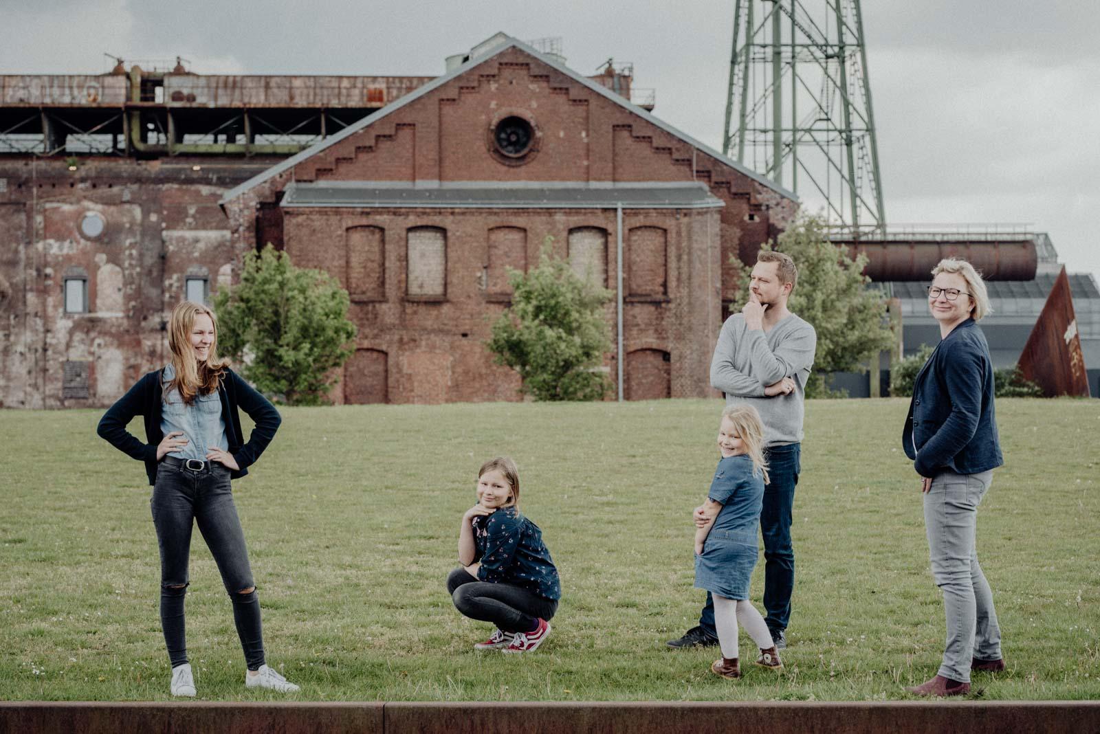 Gebt mir eure beste Vogue-Pose: Prompts Familienshooting.