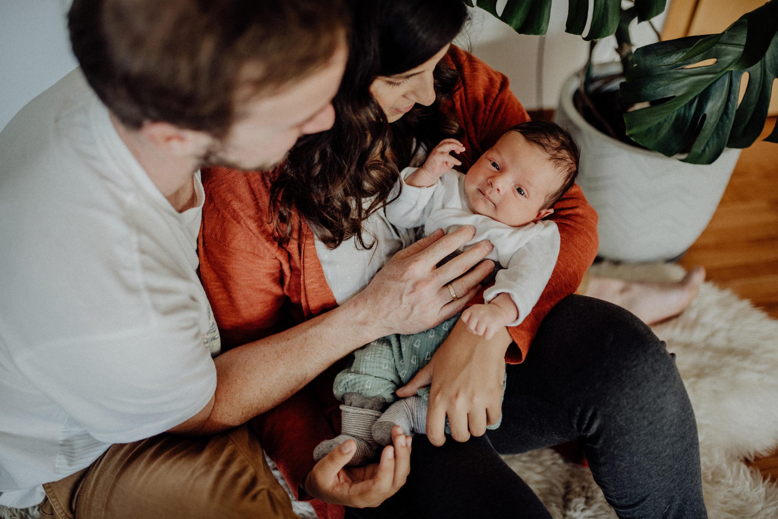 023-Witten-Homestory-Homesession-Newborn-Baby-Fotoshooting