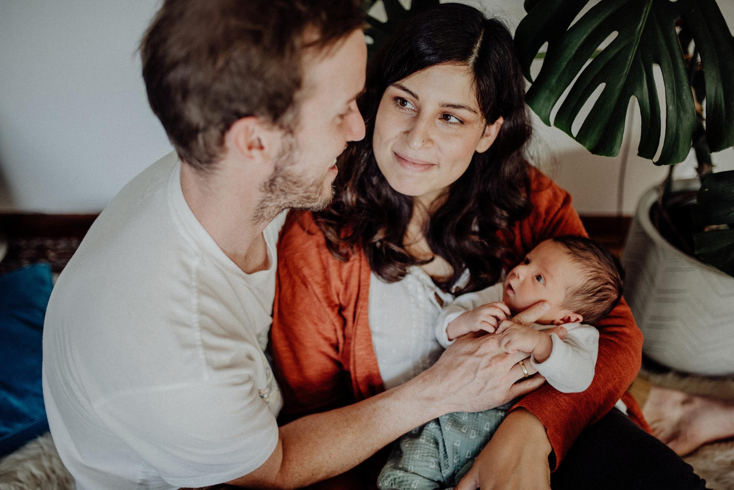 024-Witten-Homestory-Homesession-Newborn-Baby-Fotoshooting