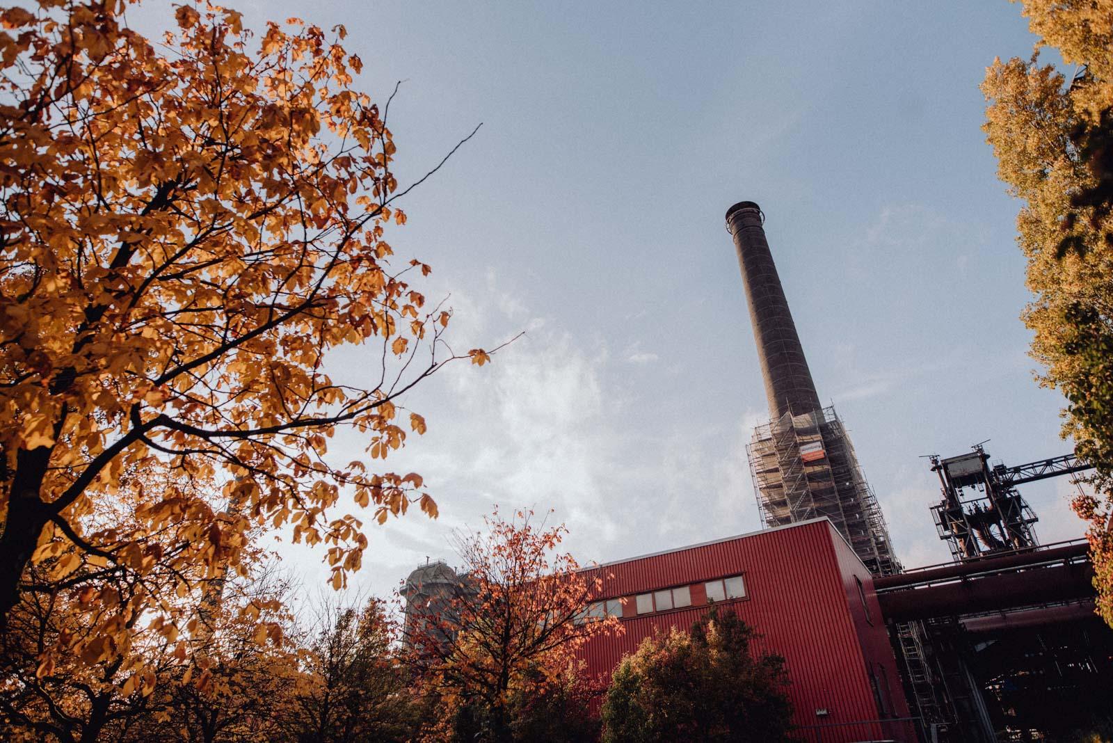001-Babybauch-Shooting-Paarshooting-LaPaDu-Fotograf-Ruhrgebiet-Industriegebiet