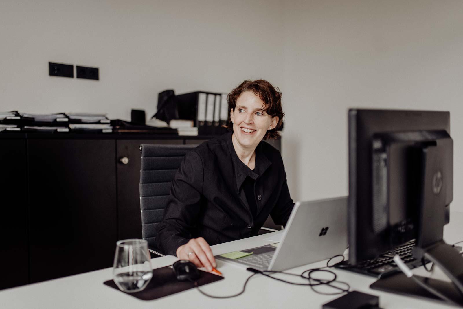 Frau Helbich SHA Architekten