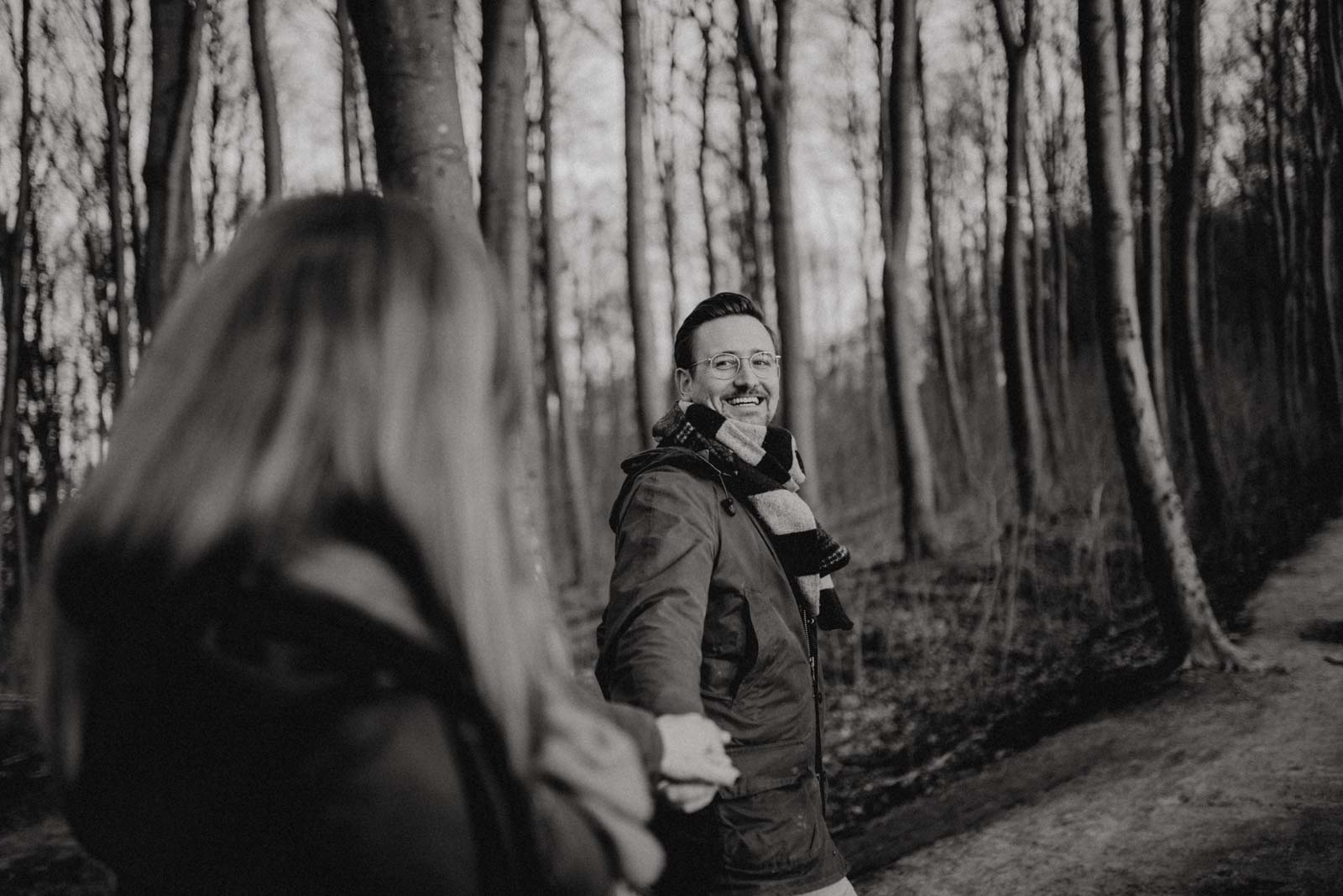 018-Babybauch-Shooting-Wald-Natur-Witten-Familienfotografie-Familienfotos