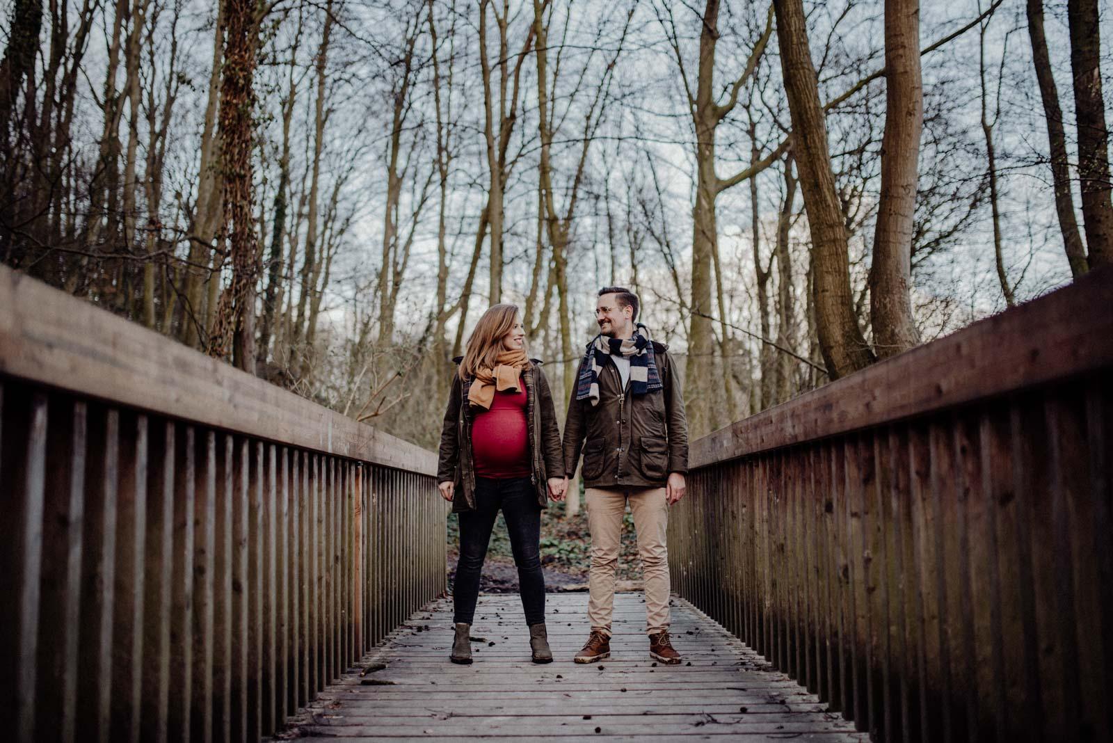 033-Babybauch-Shooting-Wald-Natur-Witten-Familienfotografie-Familienfotos