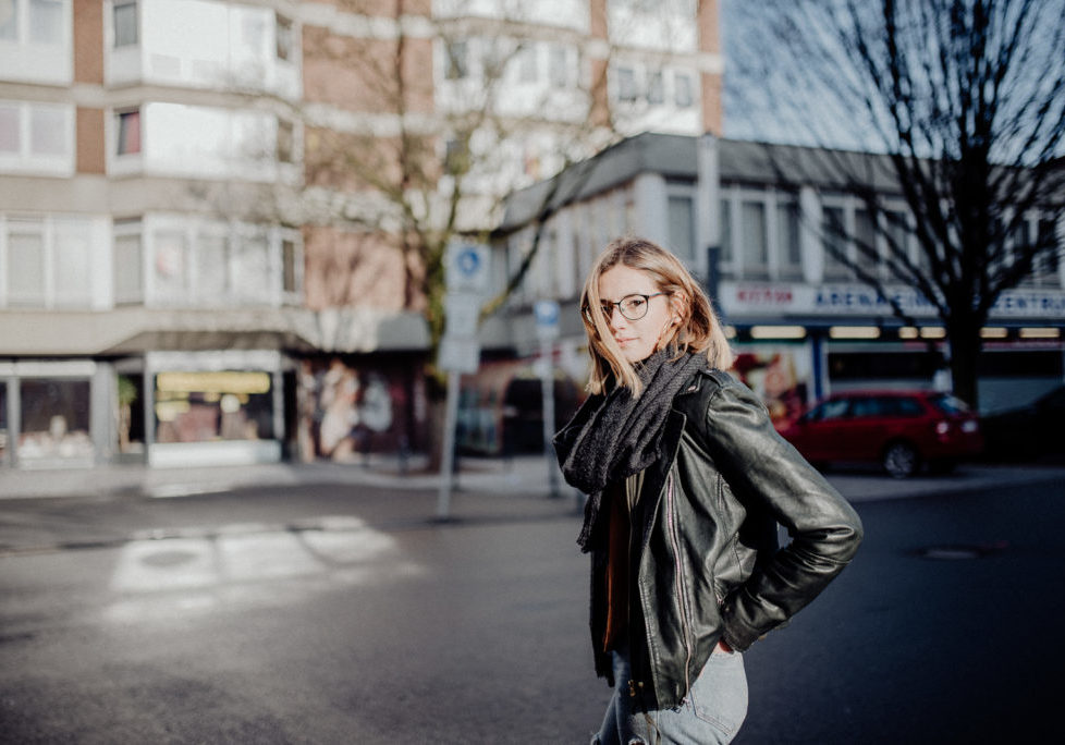 020-designparaplus-fotografin-witten-portrait-shooting-downtown